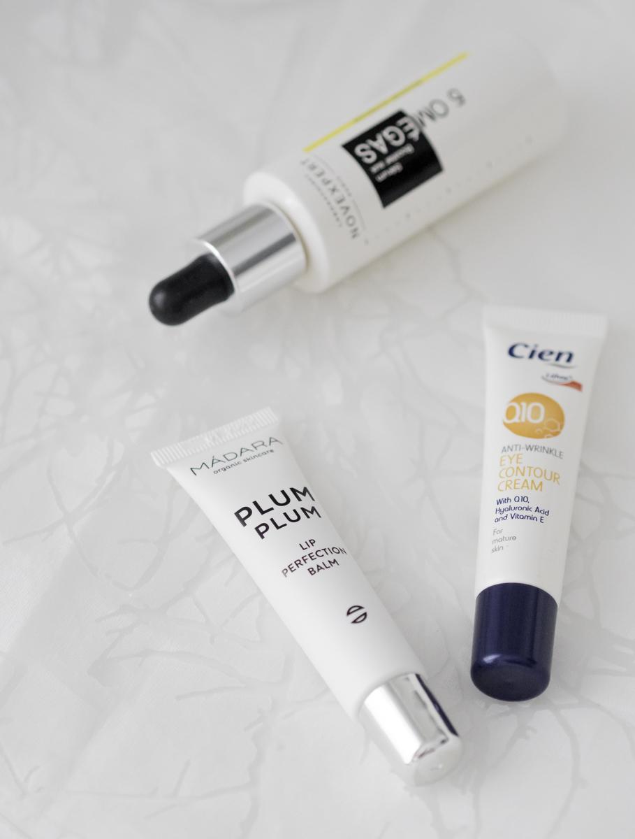 parhaat kosmetiikkatuotteet: Mádara Plum plum huulivoide